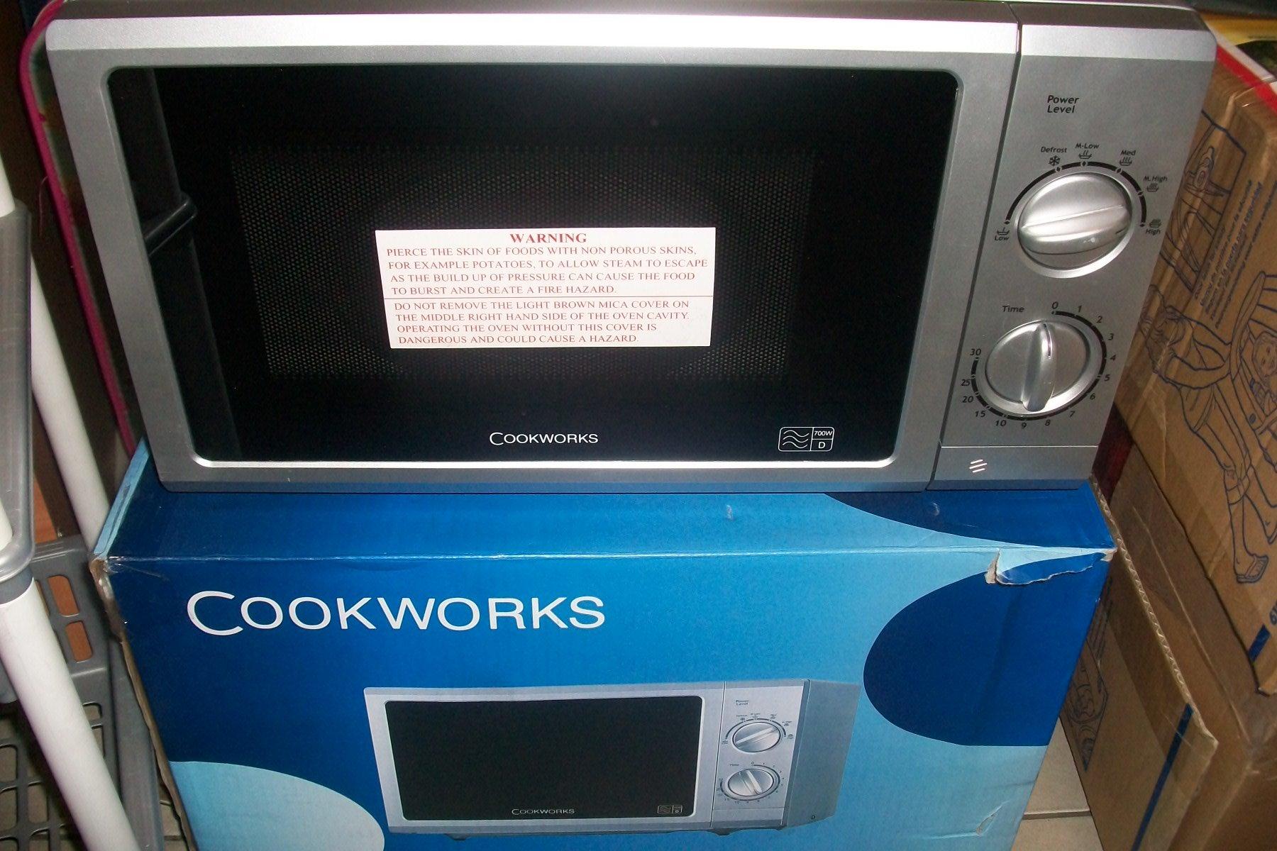 Mikrofalówka Cookworks Srebrna