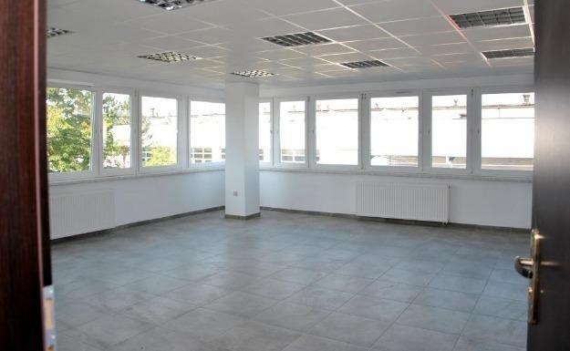 Pomieszczenie biurowe 223m
