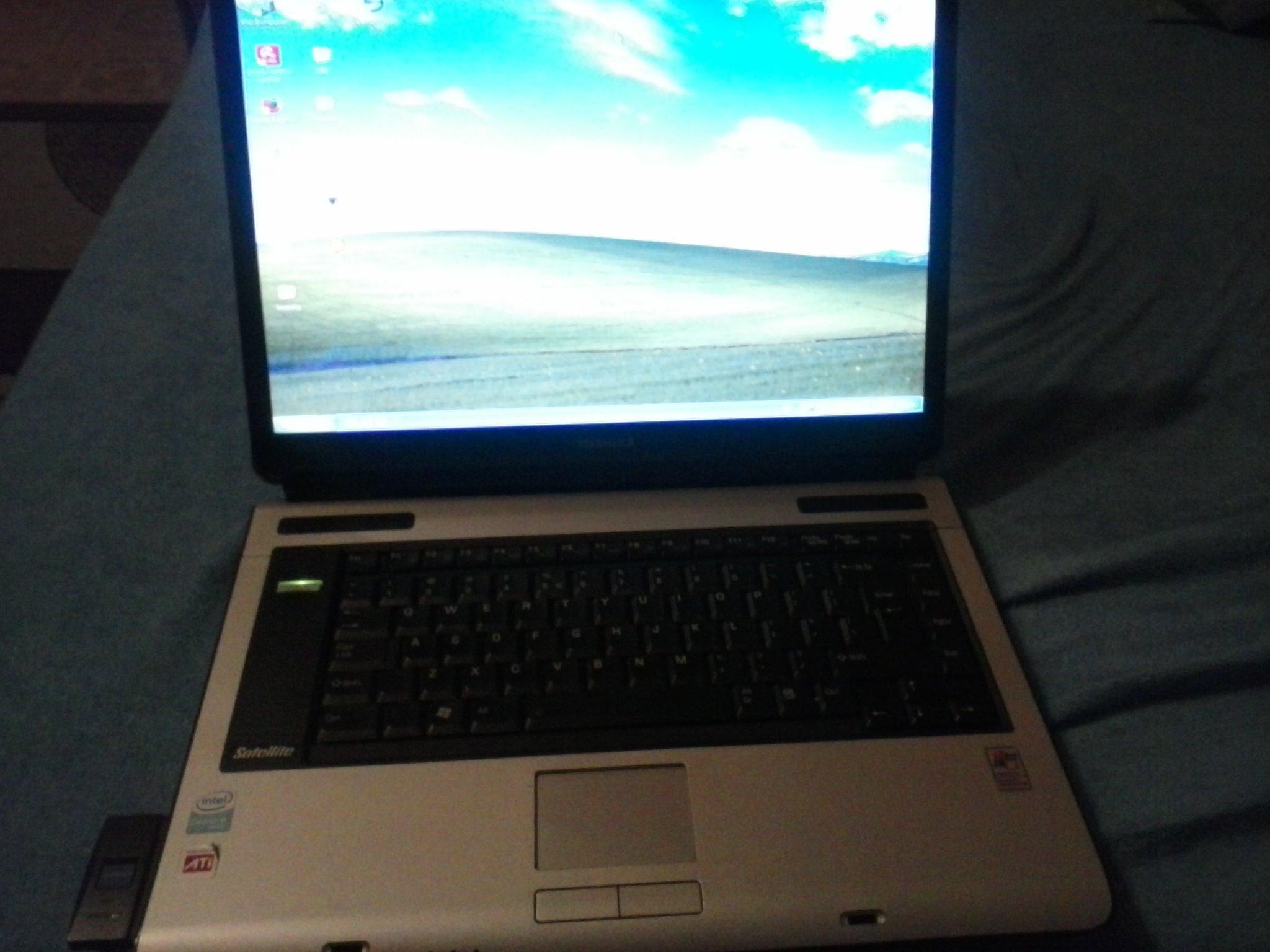 Laptop Toshiba Satellite A100