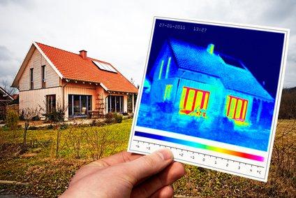 Lokalizacja strat ciepła z budynków i wycieków z C.O. - Badania Termowizyjne.