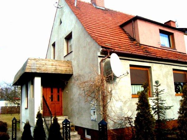 Dom w zabudowie bliźniacze 110 m2 na sprzedaż w Namysłowie, lub zamiana na mieszkanie do 50 m2 z dopłatą