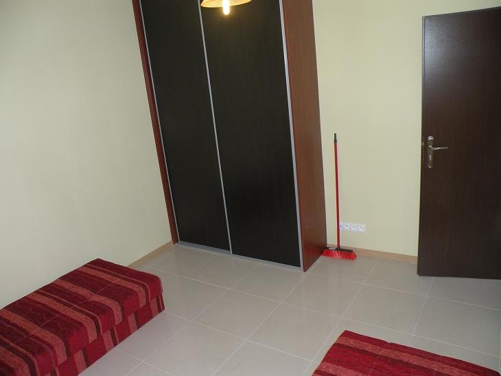 Pokój pokoje 1,2 osobowy w Opolu umeblowany z internetem