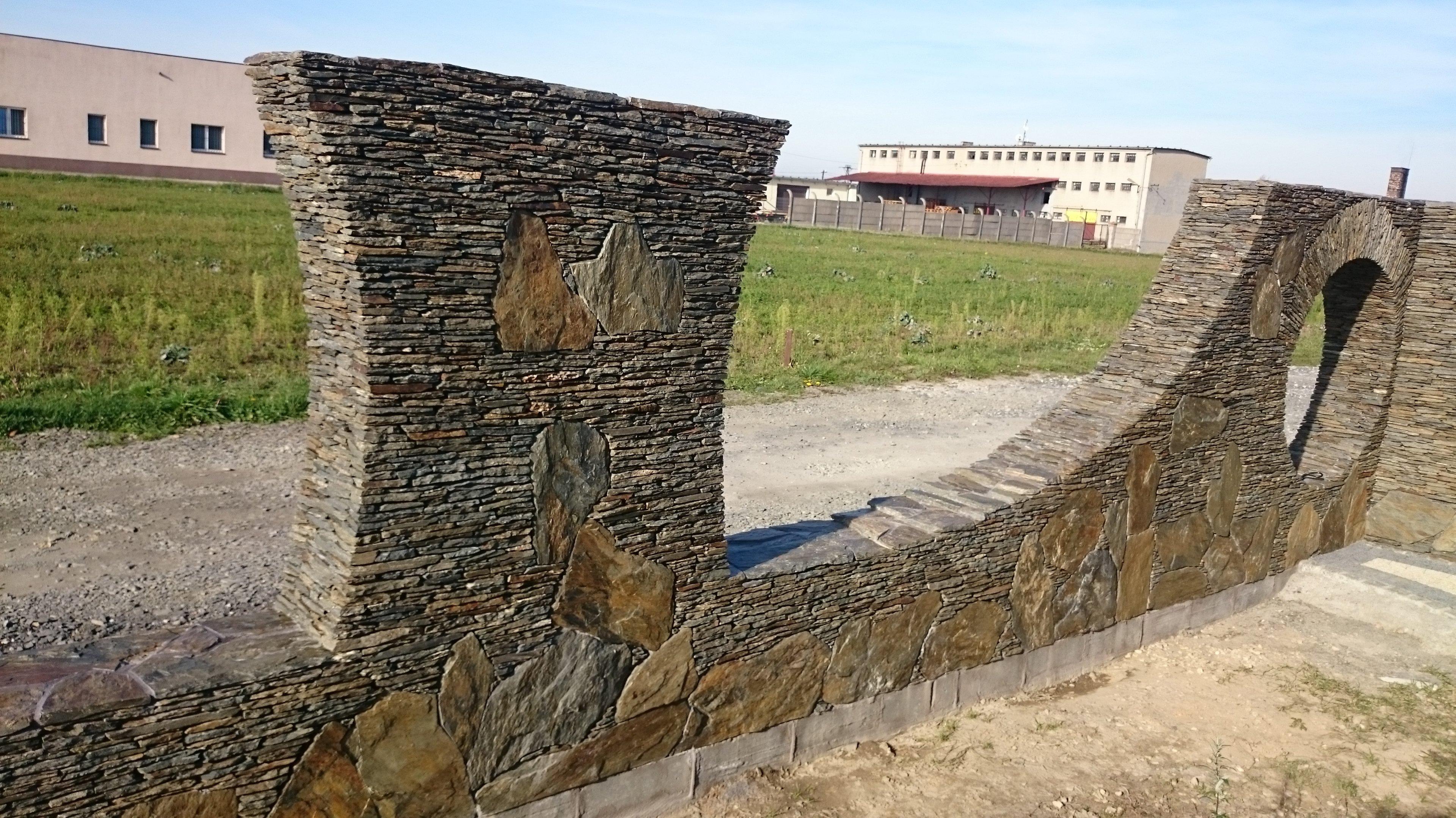 Ogrodzenia Elewacje Zabudowa z kamienia