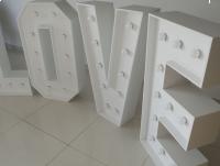Świetlne litery LOVE z żarówkami LED 100 PRODUCENT