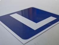 Naklejka magnetyczna L NAUKA JAZDY, znak 30x30 cm