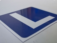 Naklejka magnetyczna L NAUKA JAZDY, znak 20x20 cm