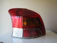Oryginalna tylna lewa lampa LED Toyota Yaris II Lift Europa 2009-2011