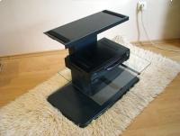 Metalowy stolik RTV, ze szklaną półką, podstawa pod telewizor