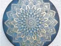Mandala na desce - dekoracja domu