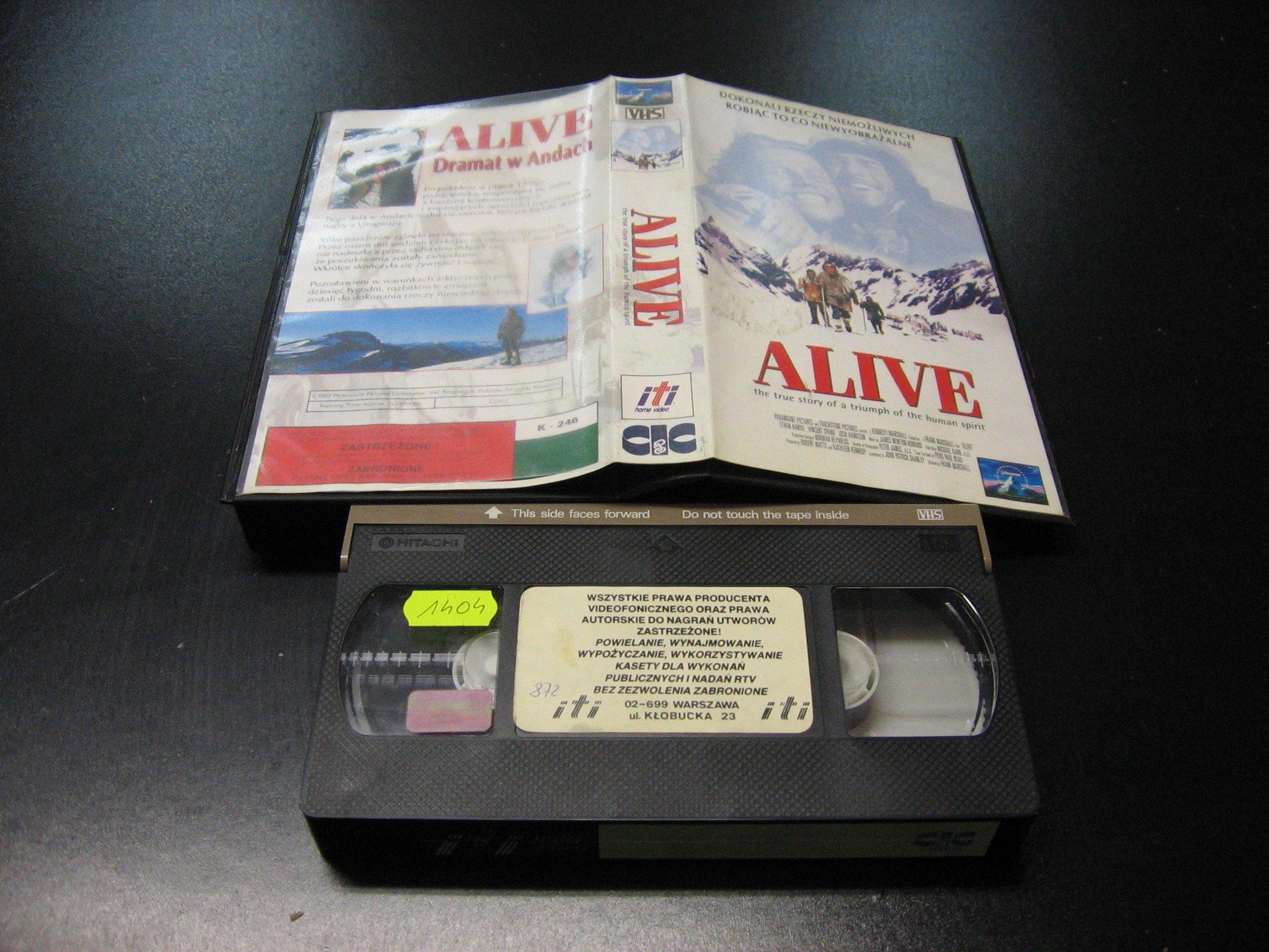 ALIVE - DRAMAT W ANDACH -  kaseta VHS - 1062 Opole - AlleOpole.pl
