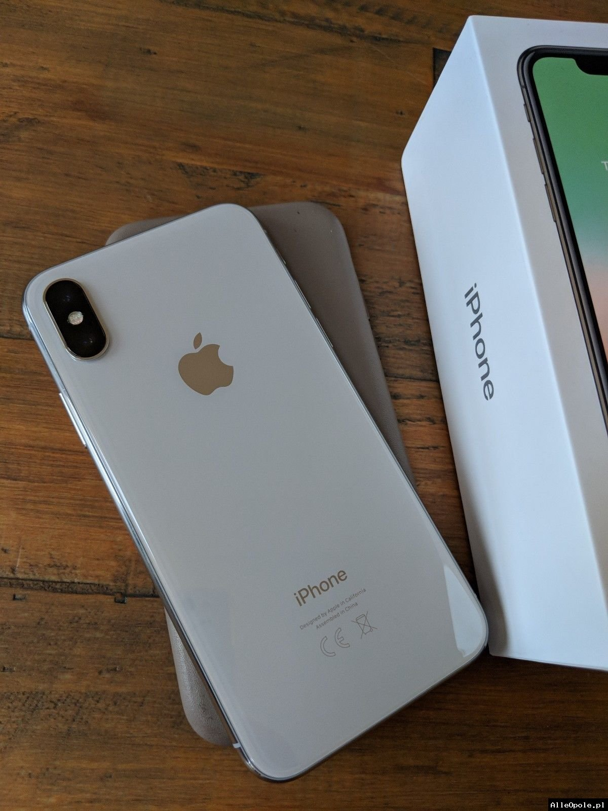 Apple iPhone X 64GB = 400 EUR ,Apple iPhone X 256GB = 450 EUR ,Samsung Galaxy S9/S9+ 64GB = 400 EUR