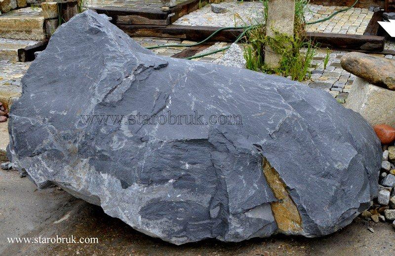 Bryła głaz monolit stalowy skały stalowe szare czarne ciemne skała łupek