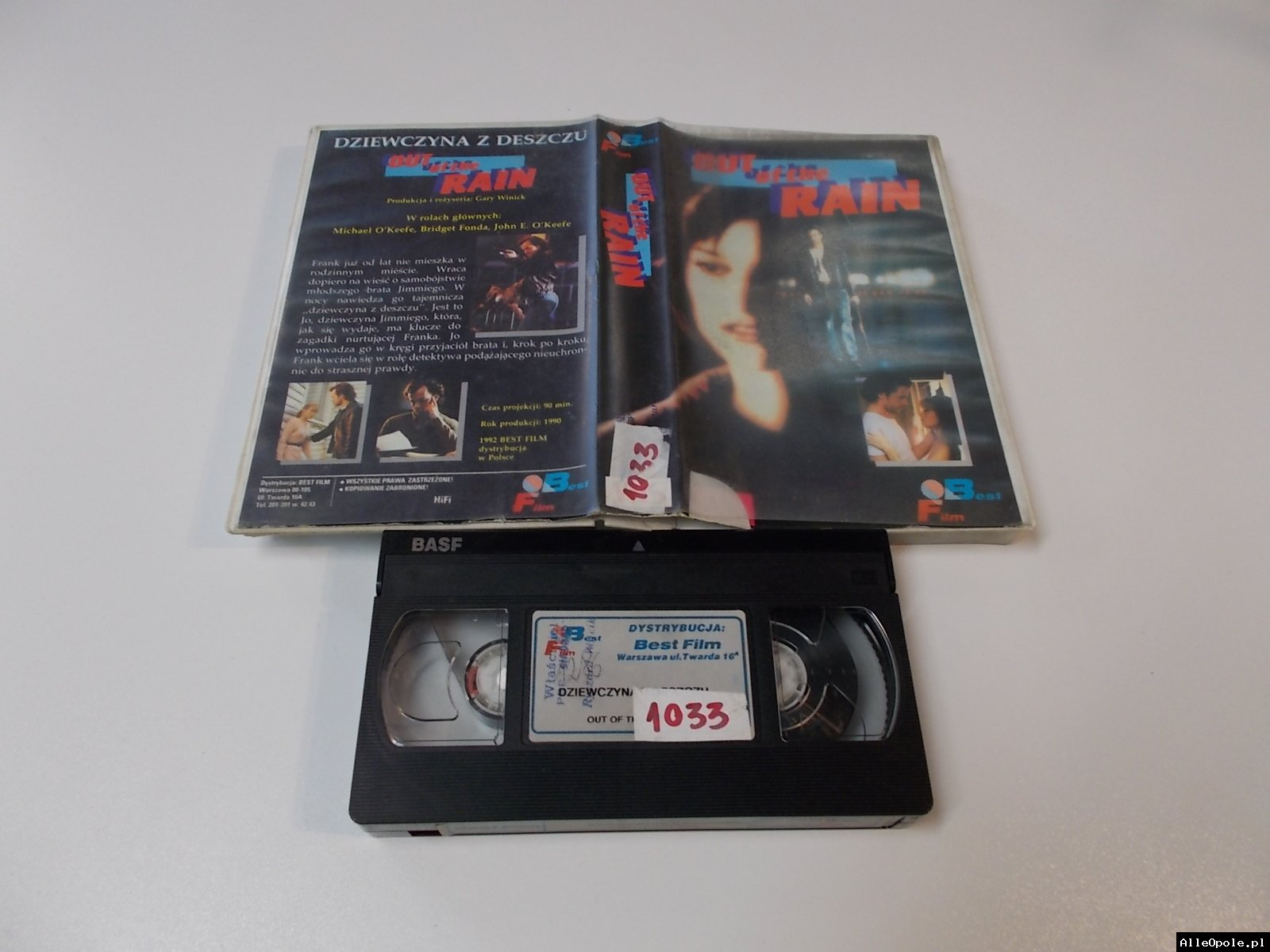 DZIEWCZYNA Z DESZCZU - VHS Kaseta Video - Opole 1708