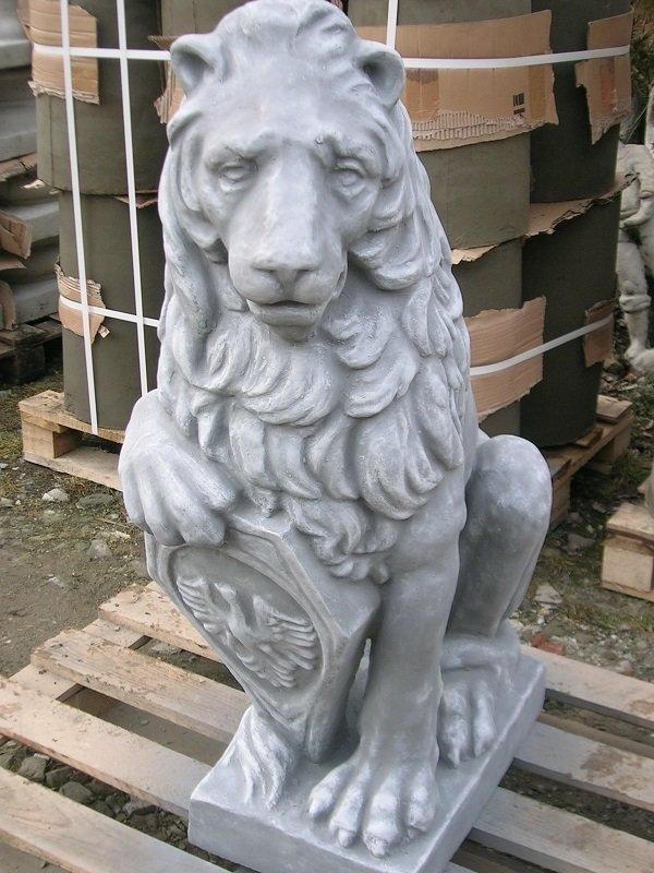 Figura betonowa Lew olbrzym siedzący