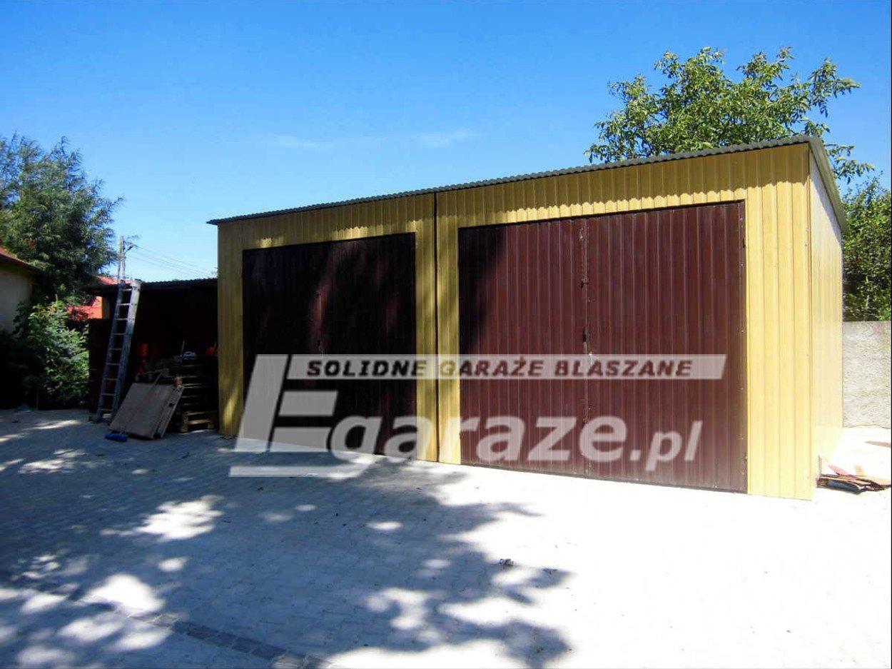 Garaż blaszany blaszak 4x5 brama dwuskrzydłowa blacha akryl