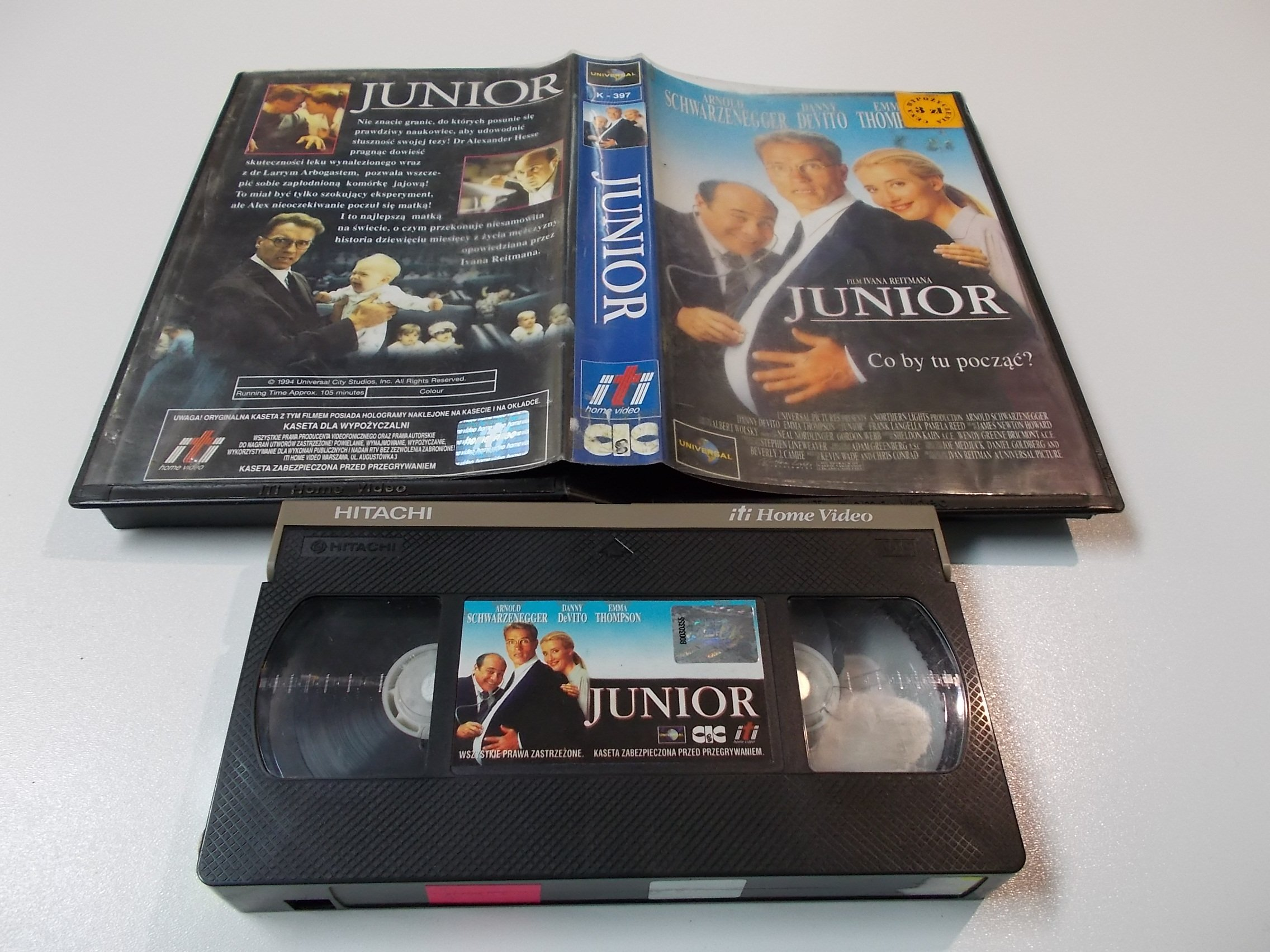 JUNIOR - ARNOLD SCHWARZENEGGER - kaseta Video VHS - 1426 Sklep