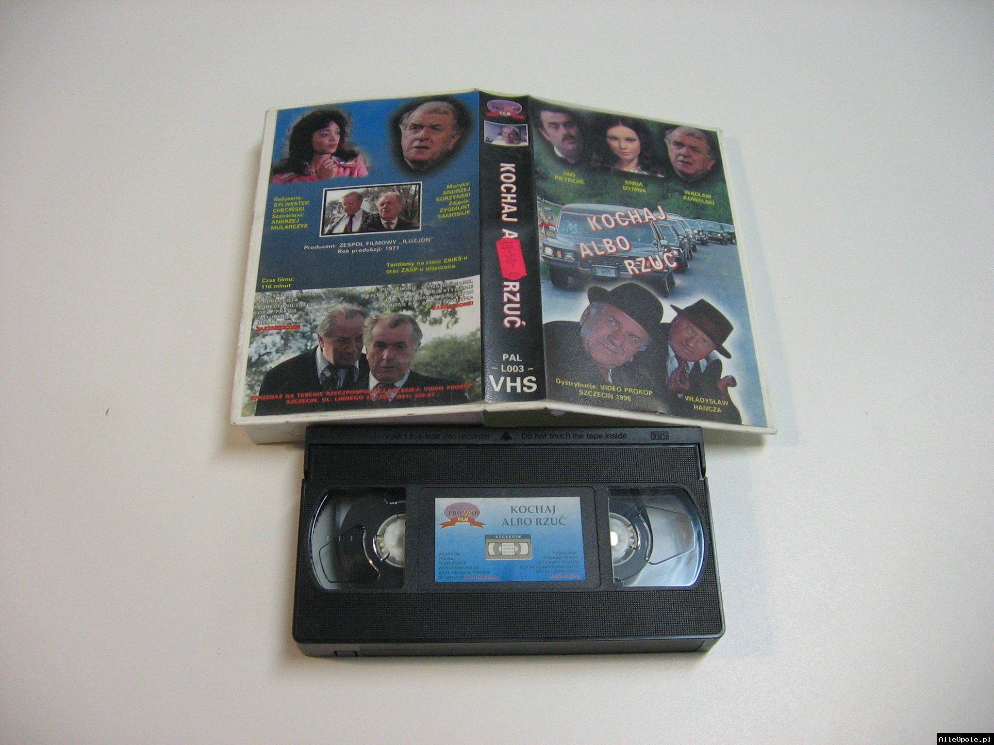 KOCHAJ ALBO RZUĆ - VHS Kaseta Video - Opole 1797