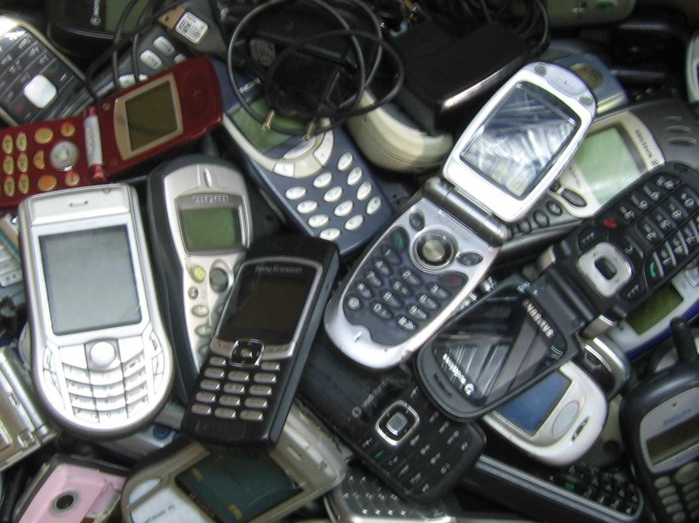 Kupię stare i nowe telefony mogą być uszkodzone złom telefoniczny - Opole