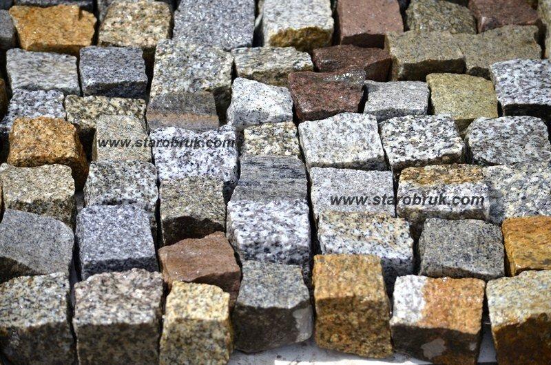 Kostka granitowa 4/6 łupana kolorowa starobruk