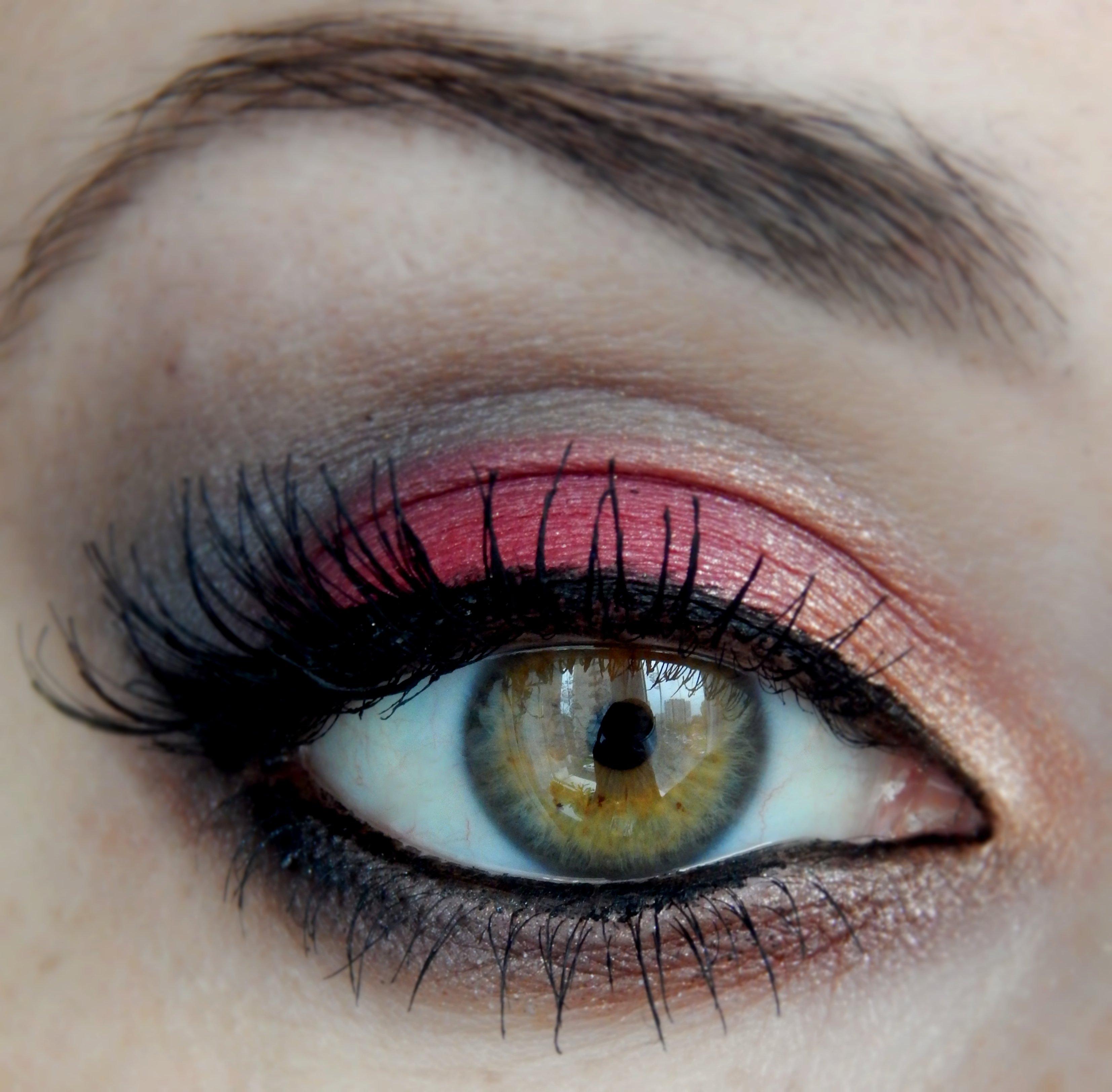 Makijaż na każdą okazję/Indywidualne lekcje makijażu