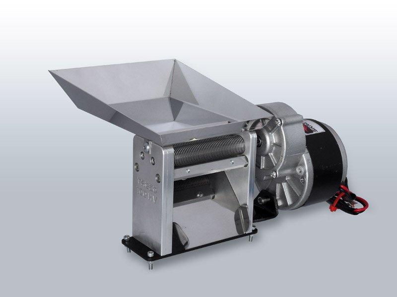 Maszynka do cięcia ziół i tytoniu z wsypem TREZO 100 1,1 HV