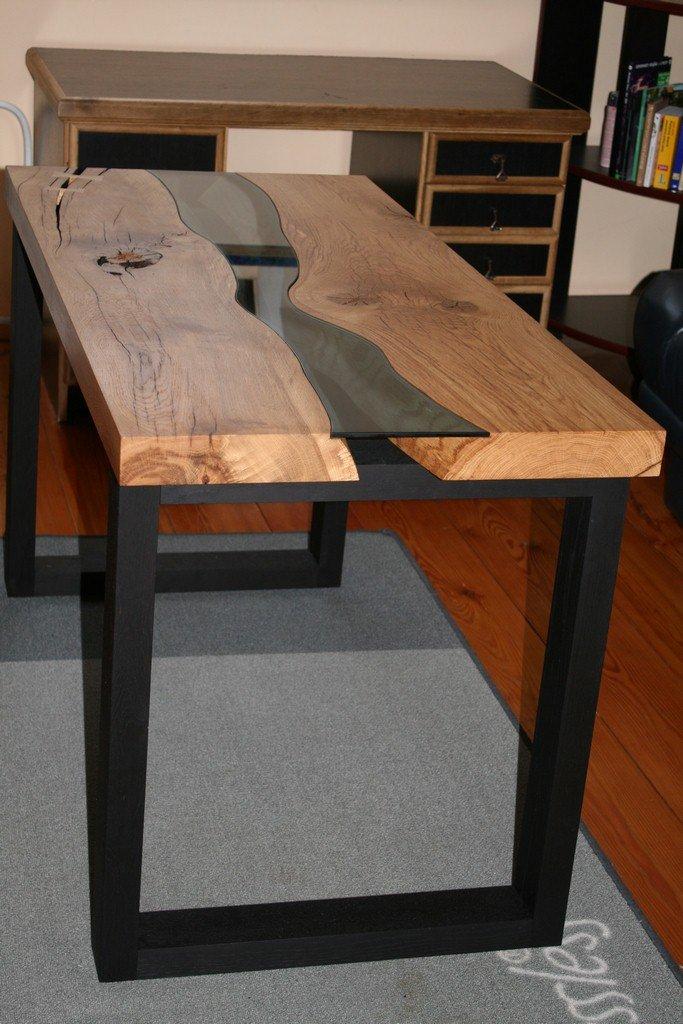Nowy masywny dębowy stół.