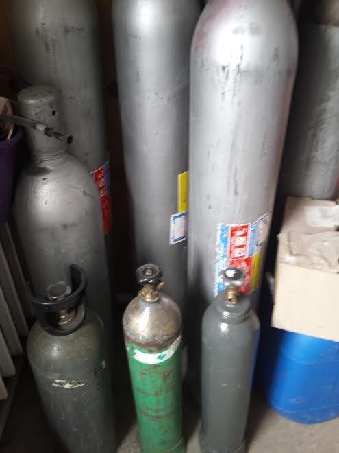 Skupujemy gaśnice śniegowe CO2 w każdym stanie oraz inne butle po gazach technicznych