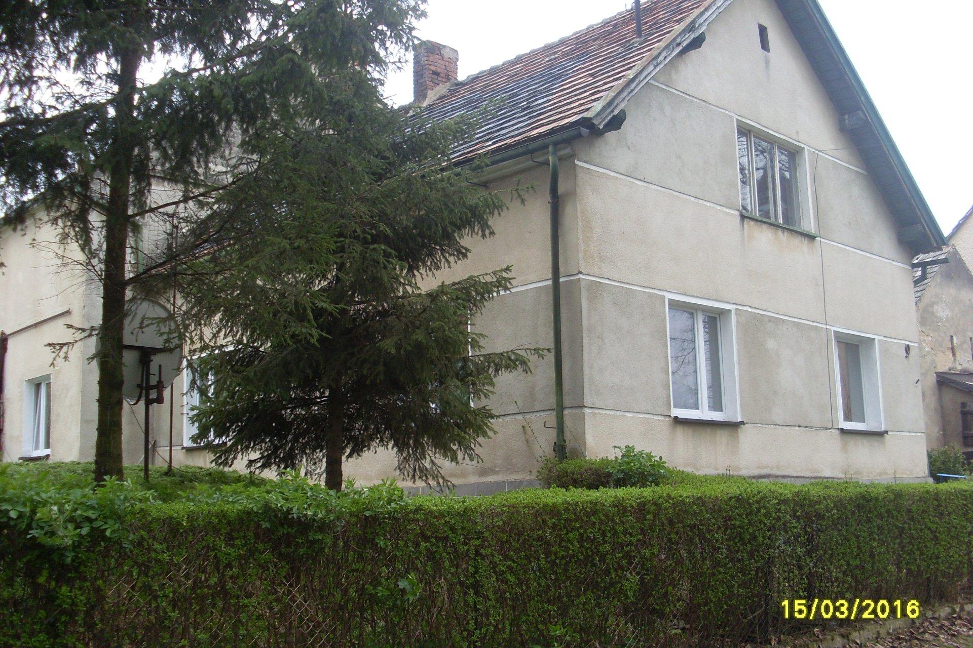 Sprzedam dom w Markowicach,gmina Głuchołazy,powiat Nysa