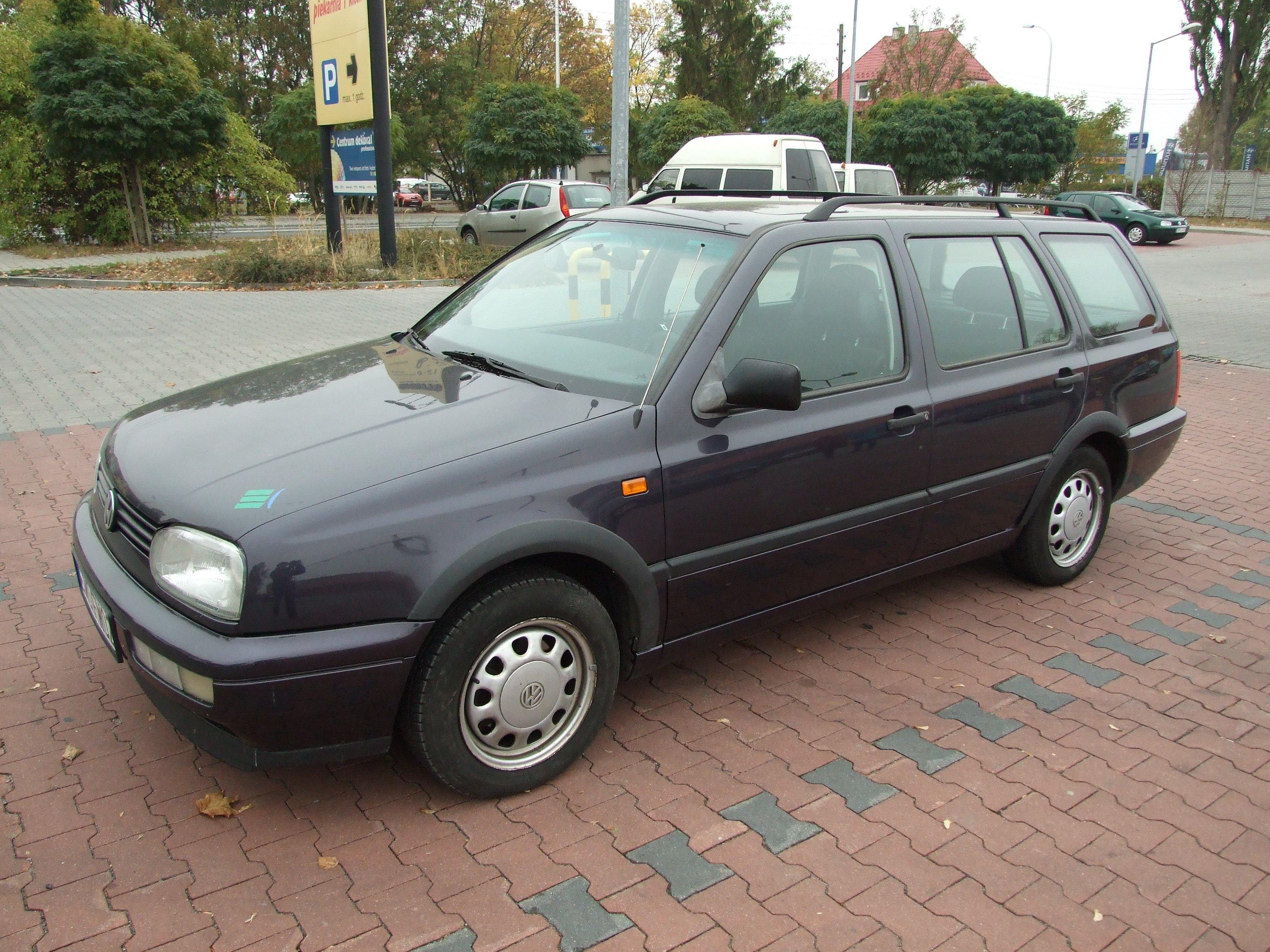 VW Golf 3 Variant 1.8 benzyna + LPG