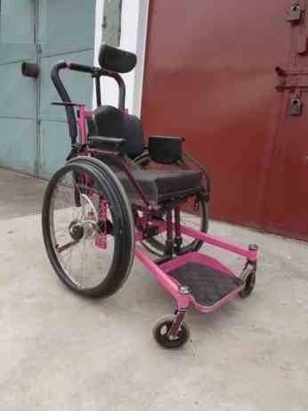 Wózek inwalidzki dziecięcy specjalny