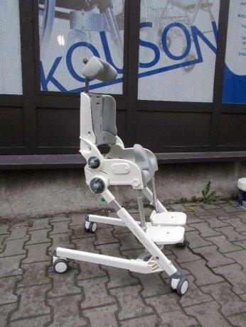 Wózek-krzesło prysznicowe/toaletowe dla dziecka