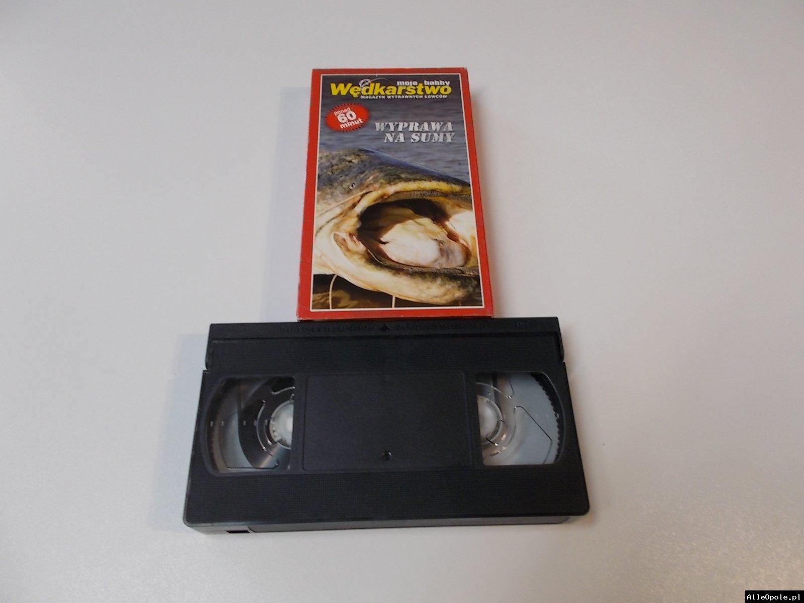 WĘDKARSTWO WYPRAWA NA SUMY - VHS Kaseta Video - Opole 1695