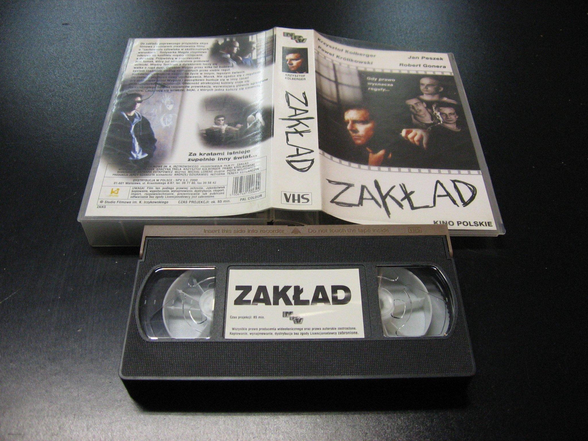 ZAKŁAD - KRZYSZTOF KOLBERGER -  kaseta VHS - 1135 Opole - AlleOpole.pl