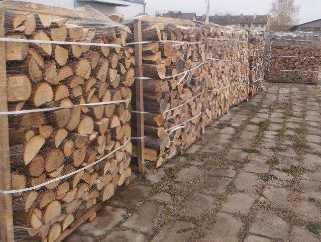 drewno kominkowe układane dostawa i rozładunek za darmo