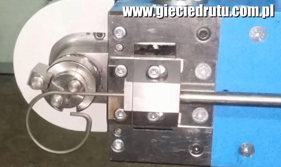 www.gieciedrutu.com.pl  - Gięcie, zaginanie drutu CNC 2D i 3D